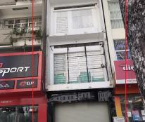 Cho thuê mặt bằng làm quán nhậu, cà phê mặt tiền Trần Hưng Đạo, P. Cô Giang, Quận 1