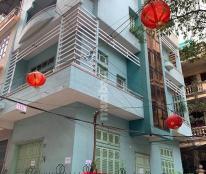 Cho thuê nhà số 15 ngõ 65 phố Phúc Xá, Ba Đình - 3 tầng, 45m2, ngõ ô tô đỗ cửa