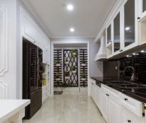 Cho thuê căn hộ chung cư Sun Grand City 160m2, đầy đủ nội thất siêu đẳng cấp. Lh 0974429283