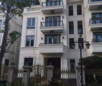 Bán biệt thự tại Vinhomes Golden River Ba Son, Quận 1, Sài Gòn diện tích 225m2, giá 138 tỷ