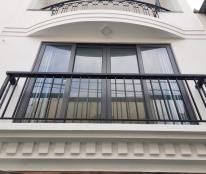 Bán nhà Phan Đăng Lưu, tặng full nội thất Châu Âu, 4 tầng, 5.65 tỷ