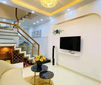 Bán nhà đường Lý Thường Kiệt, Tân Bình, 52m2, 3 lầu, 4 phòng ngủ, giá rẻ
