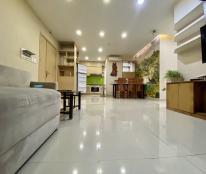 Cần bán gấp Oriental Plaza có sổ hồng, 105m2 3PN full nội thất, rẻ hơn thị trường 300tr. 0372972566