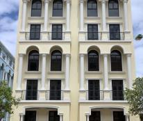 Bán khách sạn giá tốt tại trung tâm Phú Quốc, LH 0901909789