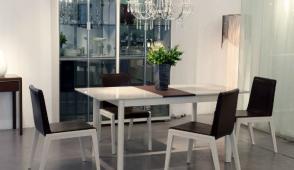 Gợi ý cách bố trí bàn ăn chuẩn, hợp phong thủy