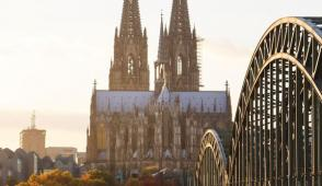 Ngắm kiến trúc của nhà thờ phong cách Gothic đẹp nhất châu Âu