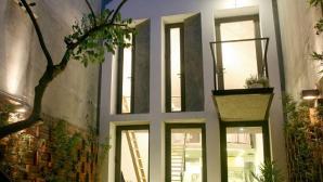 Ngôi nhà 40m2 có thiết kế sân vườn độc đáo