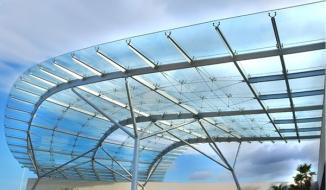 Chọn chất liệu kính làm mái nhà loại nào tốt?
